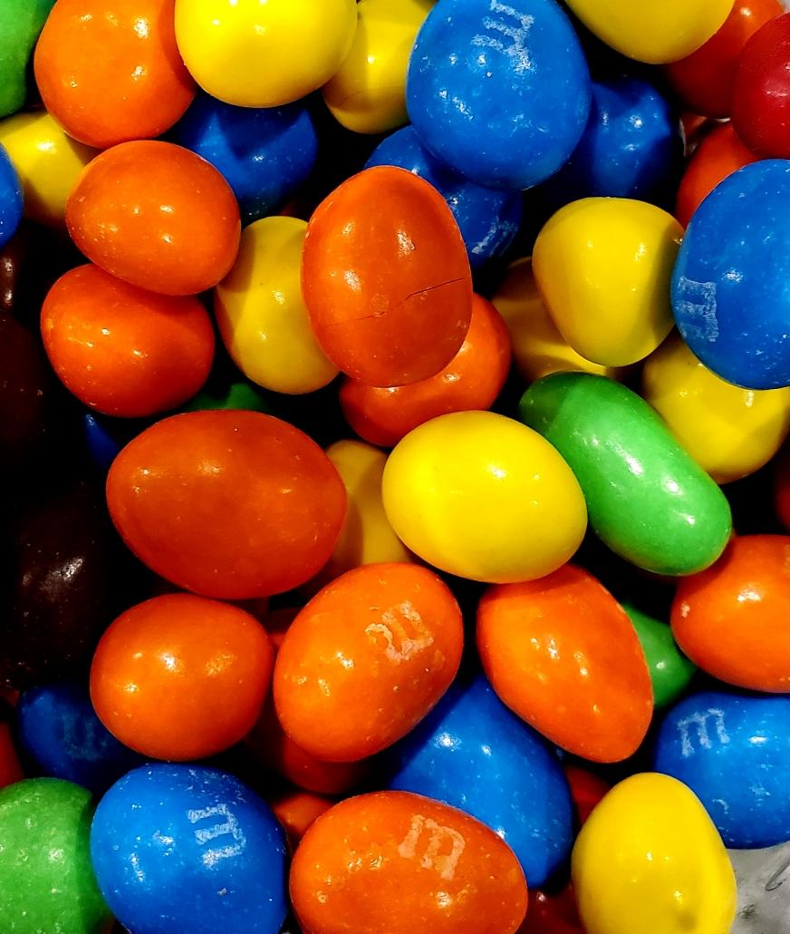 #107 m&m caramel 3.49$/100g